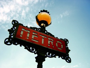 A Paris Métro Sign ©Fabio Venni / cc-by-sa Version 2.0
