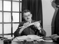 The Man Who Shrank the Globe – Frank Whittle
