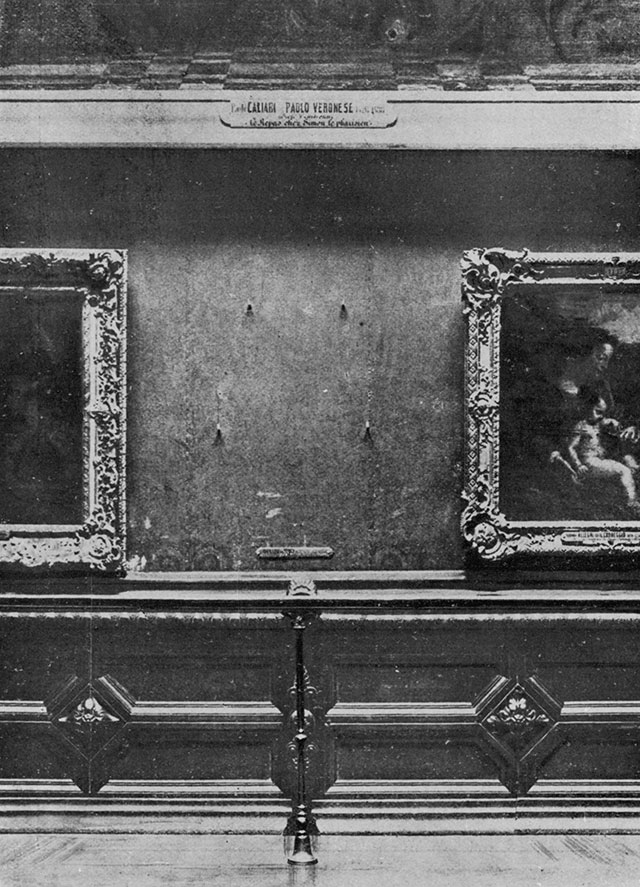 The empty Spot on the Wall after the Theft, Louvre 1911