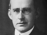 Sir Arthur Eddington – The Man who Proved Einstein's General Relativity