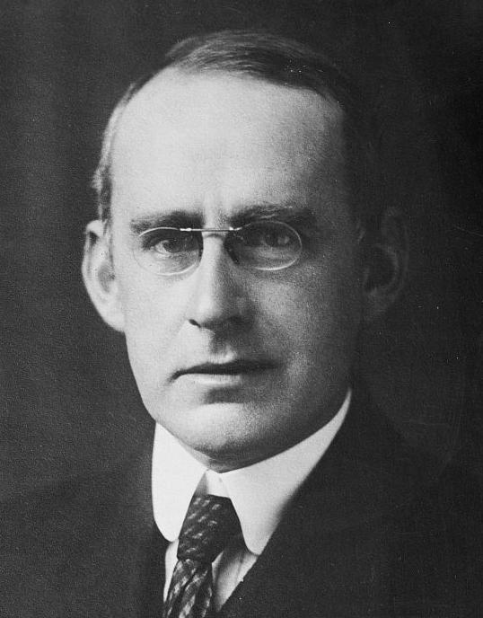 Arthur Eddington (1882 - 1944)
