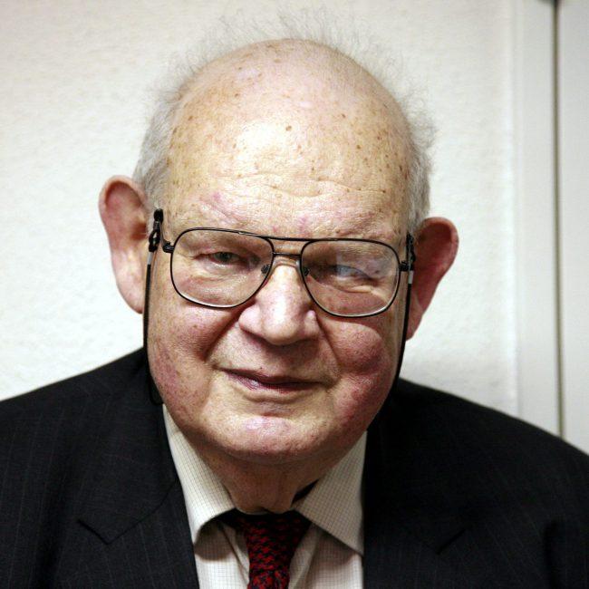 Benoît B. Mandelbrot (1924-2010)