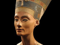 The Discovery of Nefertiti