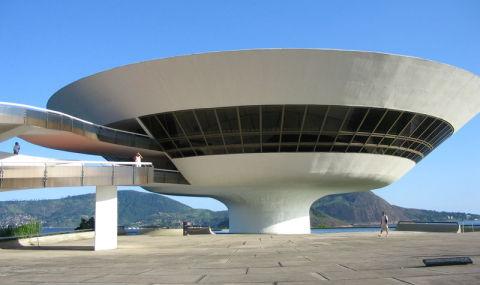 Oscar Niemeyer – The Visionary Architect of Brasilia