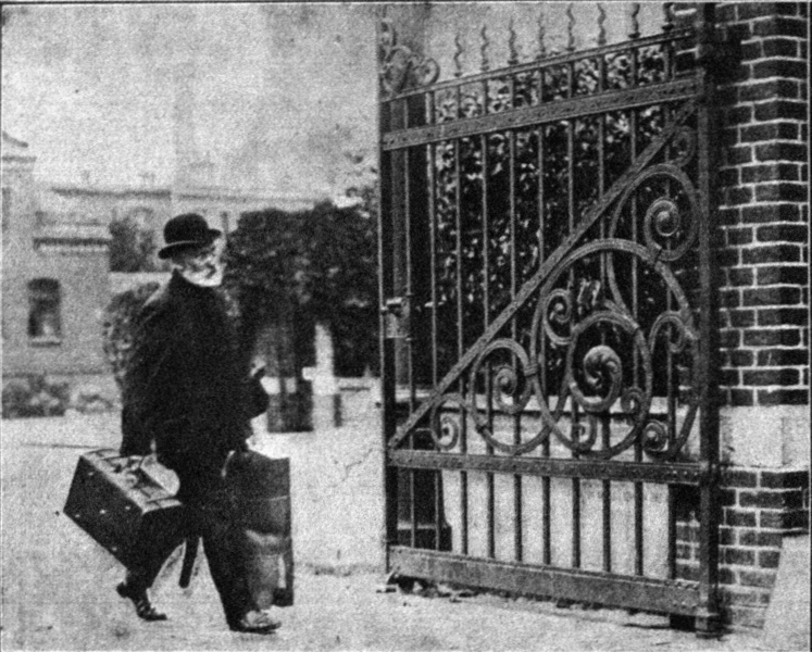 Wilhelm Voight leaving prison in Berlin Tegel