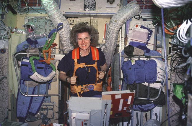 Astronaut Shannon Lucid exercises on a treadmill which has been assembled in the Russian Mir space station Base Block module.