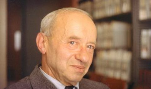 Alfred Tarski and the Undefinability of Truth