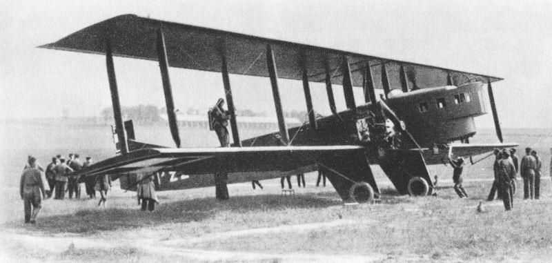 Henri Farman's bomber Goliath