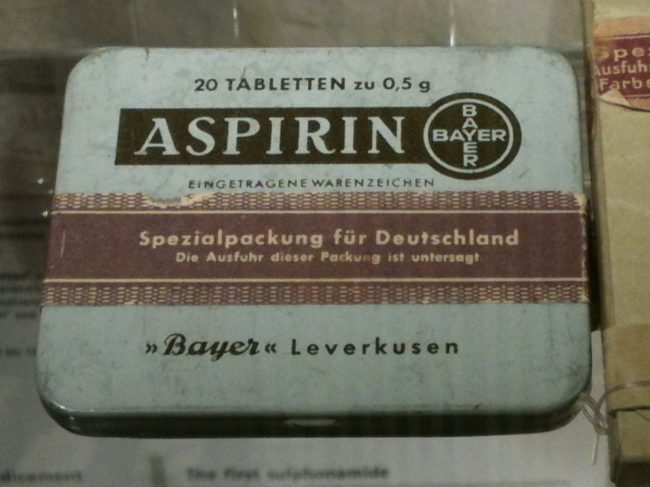 Aspirin, Packaging, around 1940