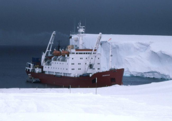 RRS Bransfield unloading at Halley Research Station