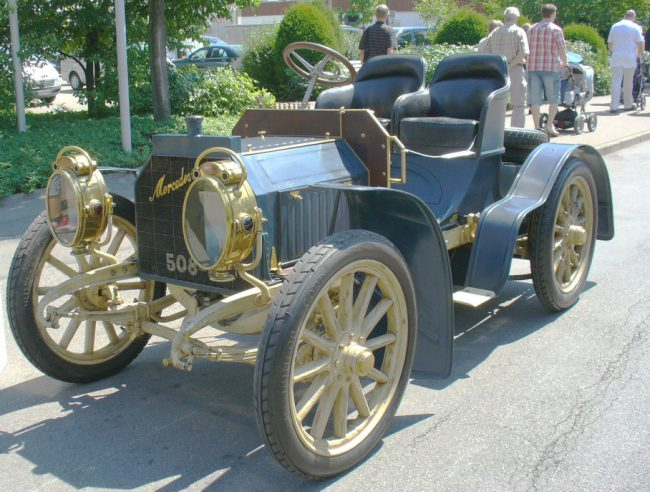 Mercedes simplex from 1902 with a Maybach engine