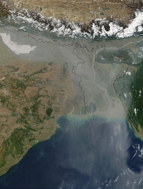 Atmospheric brown clouds in northeastern India and Bangladesh as seen from space