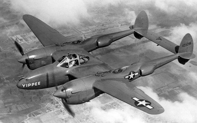 Lockheed P-38J-20-LO Lightning airplane