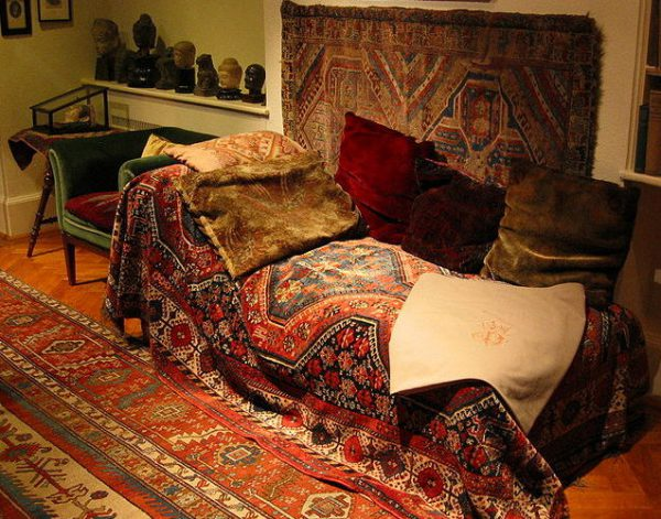 Sigmund Freud's Therapy Sofa