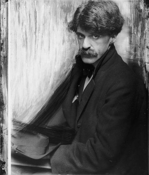 Alfred Stieglitz in 1902 by Gertrude Käsebier
