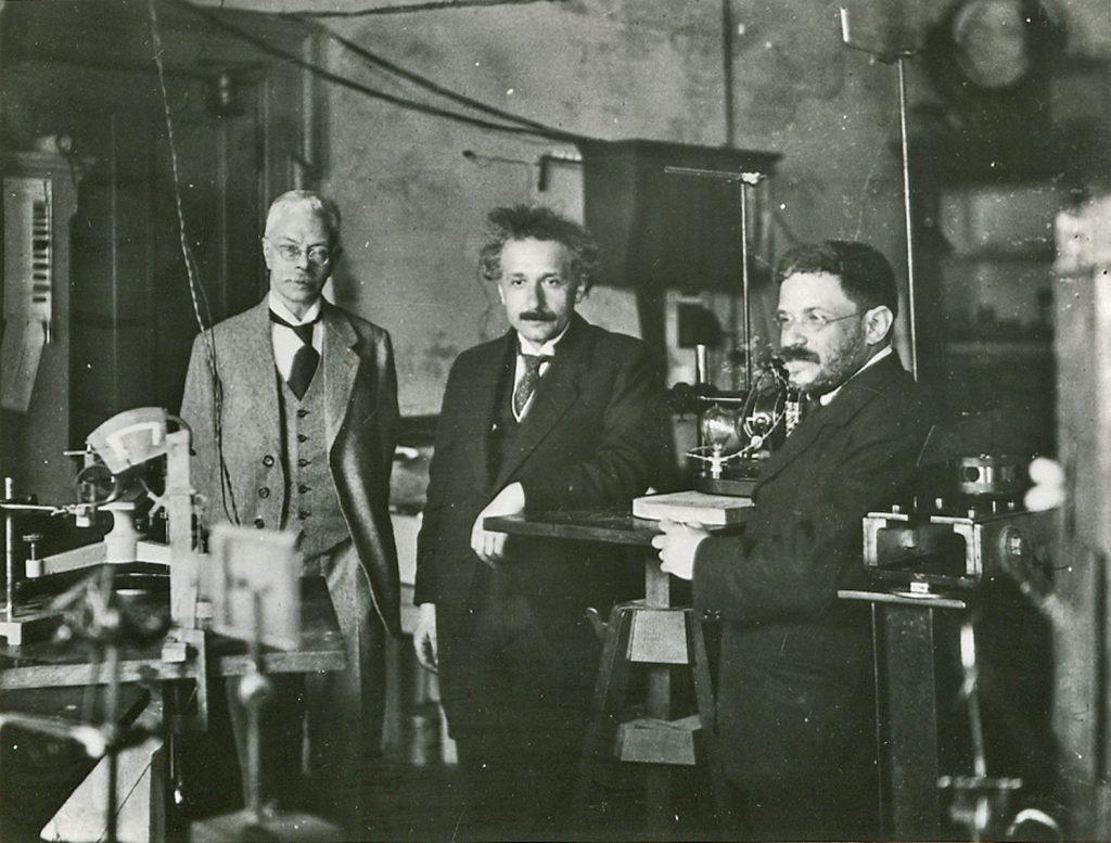 Pieter Zeeman (left) together with Albert Einstein and Paul Ehrenfest