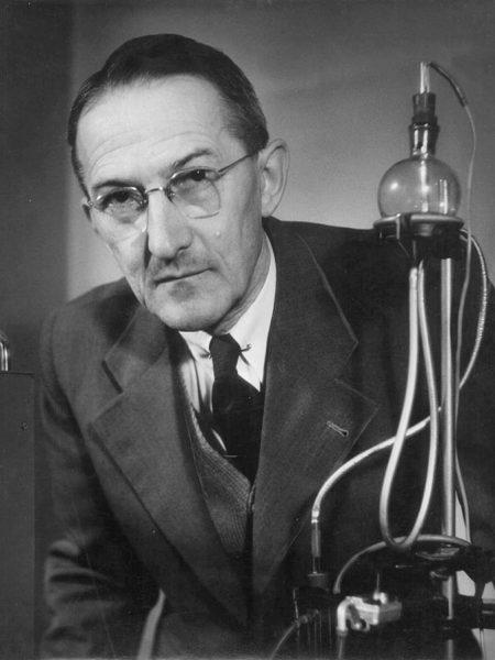 Jaroslav Heyrovský (1890 – 1967)