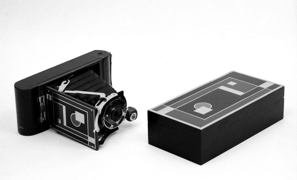 Walter Dorwin Teague's design. Camera, No. 1A Gift Kodak