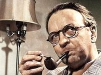 Raymond Chandler and the Invention of the Hardboiled Detective Novel