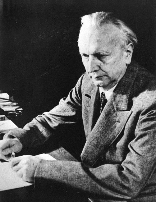 Karl Jaspers (1883 - 1969)