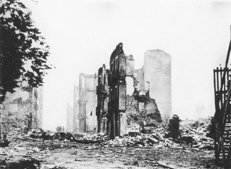 Guernica in ruins, 1937