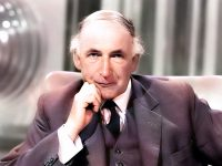 Sir Bernard Lovell and the Radioastronomy