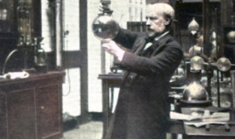 James Dewar and the Liquefaction of Gases